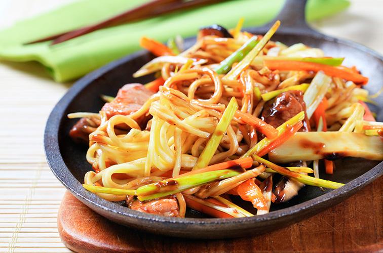 Oosterse Keuken 6 Lessen Koken Met Gevoel Een Grenzeloze Passie Kookpodium Te Beek Biedt Een Diversiteit Van Kookcursussen Aan En Zo Kun Je Je Culinaire Kennis En Kunde Uitbreiden